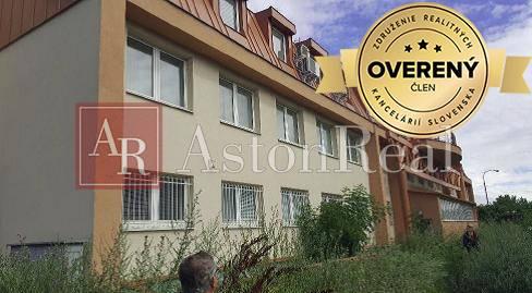 Skladový objekt-Predaj-Bratislava - mestská časť Petržalka-2400000.00 €