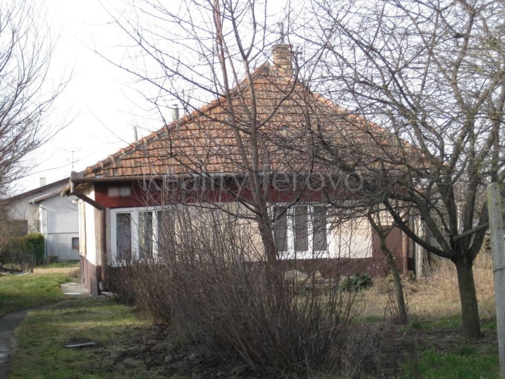Rodinný dom-Predaj-Tvrdošovce-26000.00 €