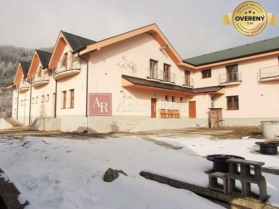 Hotel-Predaj-Zliechov-780000.00 €