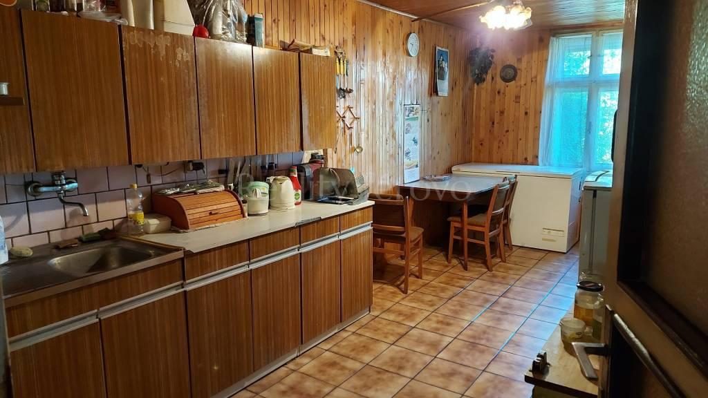 Rodinný dom-Predaj-Nové Zámky-93000.00 €