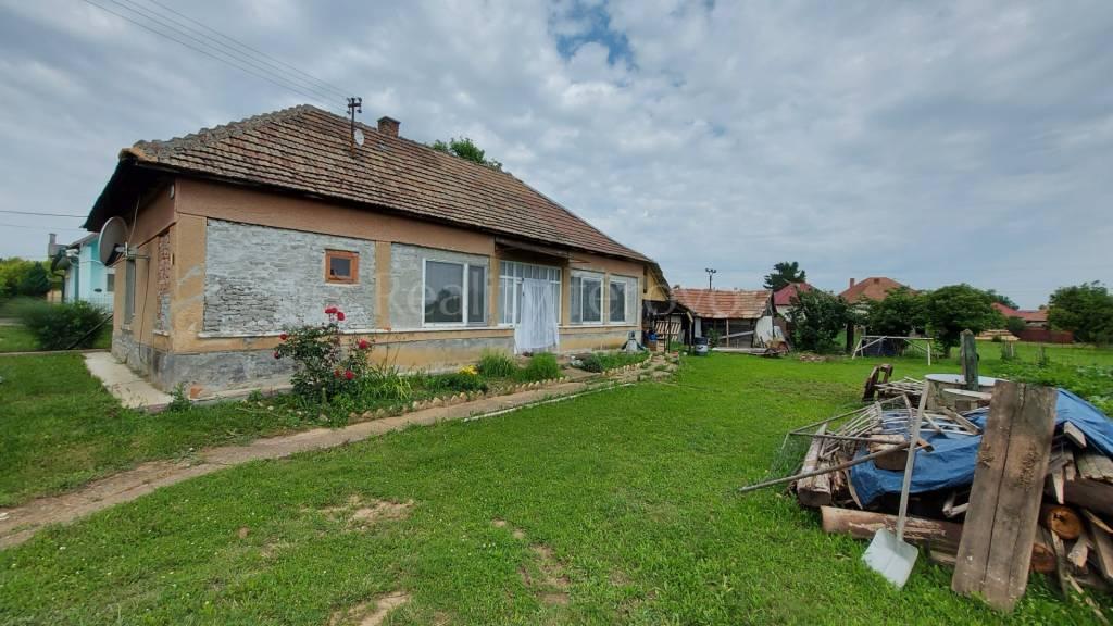 Rodinný dom-Predaj-Dubník-23800.00 €