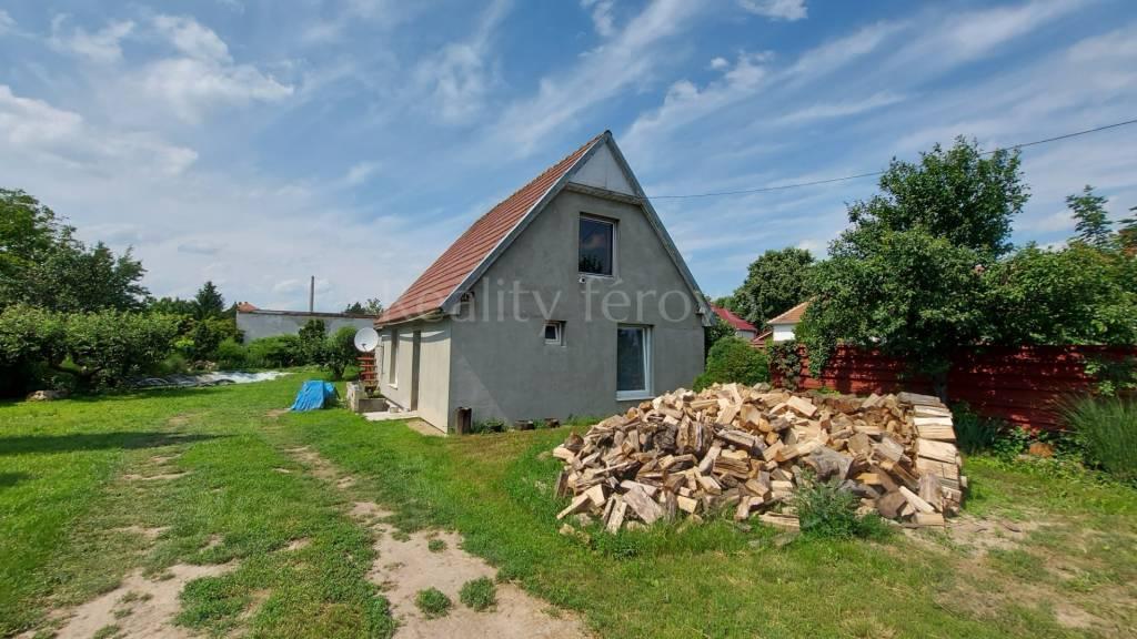 Rodinný dom-Predaj-Šurany-68800.00 €