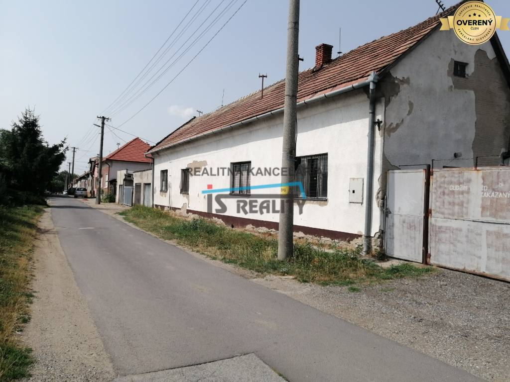 Iné-Predaj-Šahy-85000.00 €