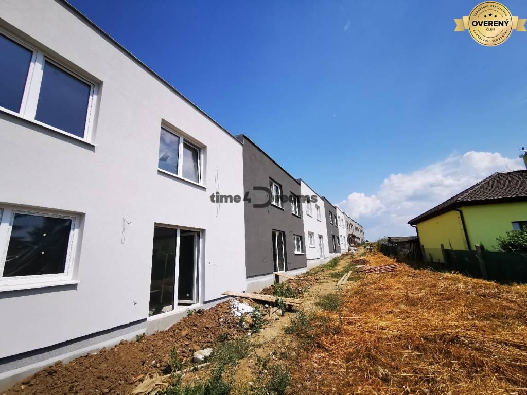Rodinný dom-Predaj-Šurianky-109990.00 €