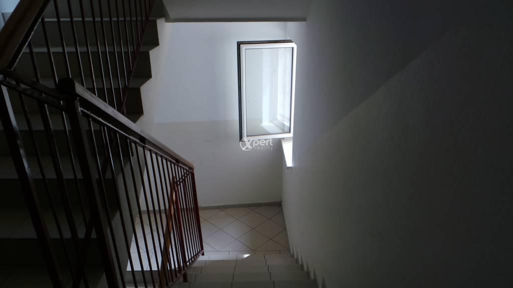 Predaj 2.izb.byt v centre mesta,Biskupa Kondého v DS