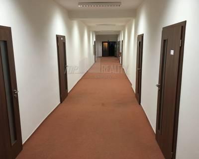 Prenájom - obchodné alebo kancelárske priestory, Banská Bystrica-1