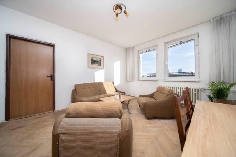 2 izbovu00fd byt na predaj Mikovu00edniho