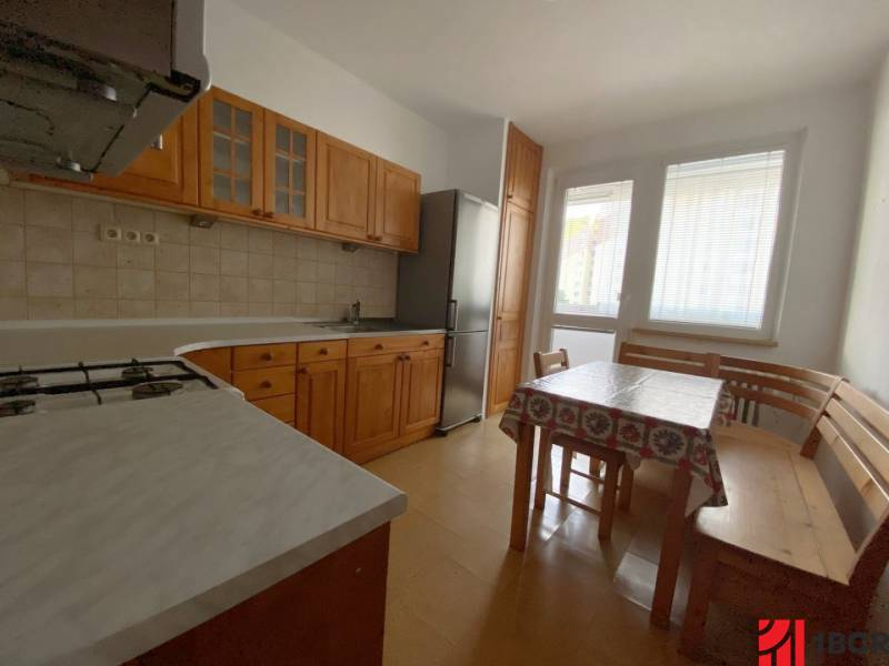 kuchyu0148a